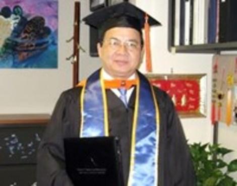 Giáo sư, tiến sĩ, viện sĩ Hoàng Quang Thuận