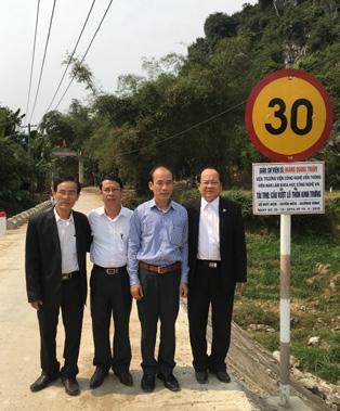 GS.VS Hoàng Quang Thuận tặng cầu vượt lũ cho quê hương