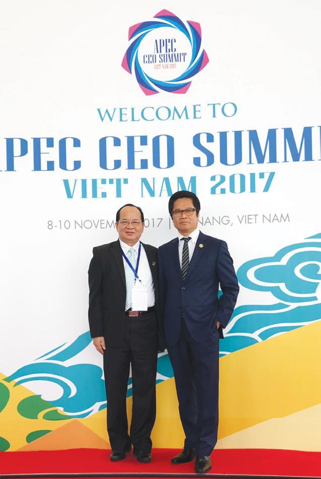 GS.VS Hoàng Quang Thuận và TS.Vũ Tiến Lộc - Chủ tịch VCCI tại Hội nghị Thượng đỉnh APEC 2017