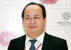 GS-TS Hoàng Quang Thuận tặng 10 suất học bổng cho học sinh nghèo trường THPT Phan Bội Châu